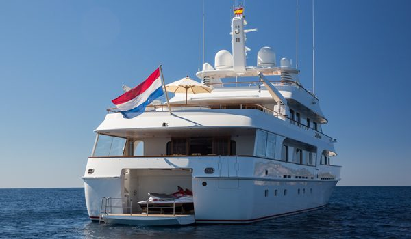 Lady Duvera III by Diana Yacht Design