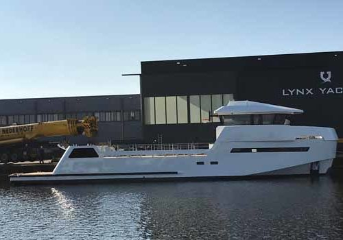 Launch of the YXT built by Lynx Yachts in Nijkerk