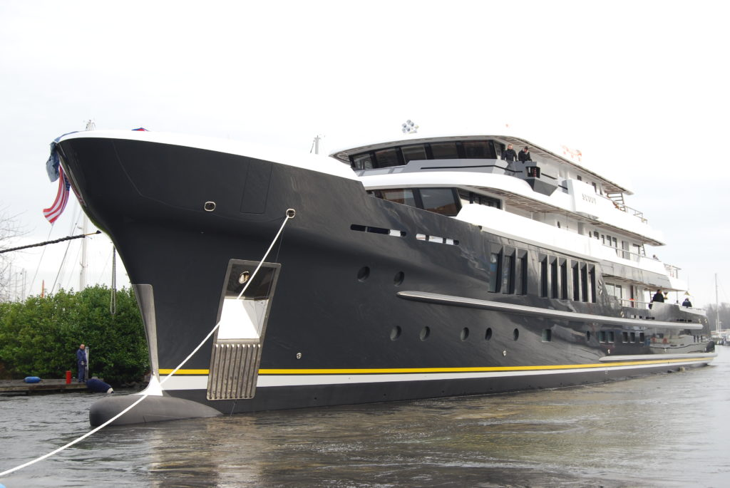 Launch of Motor yacht Scout - Bulbous Bow - Hakvoort shipyard