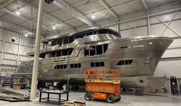 Lady Lene at van der Valk shipyard